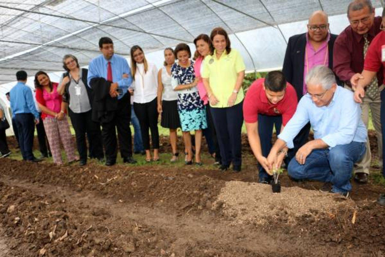 Alcaldía firma acuerdo para el desarrollo de Proyecto orgánico